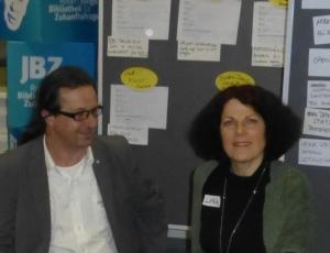 Das Moderationsduo Hans Holzinger und Luisa Grabenschweiger