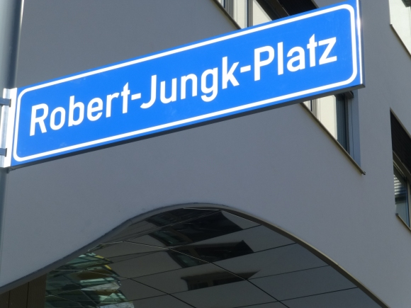 Robert-Jungk-Platz neu im STADTWERK
