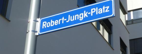 Robert-Jungk-Platz_kompr